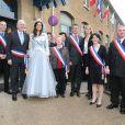 Marine Lorphelin, Miss France 2013, aux côtés du maire, de retour dans sa ville natale, Charnay-les-Macon en Bourgogne, le 19 décembre 2012