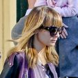 Exclusif - Nicole Richie en parfaite  fashion mom , quitte l'El Rey Theater après avoir assisté au spectacle de Noël de ses deux enfants, Harlow et Sparrow. Los Angeles, le 19 décembre 2012.