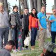 Courteney Cox et Josh Hopkins sur le tournage de Cougar Town sur la plage de Venice Beach à Los Angeles