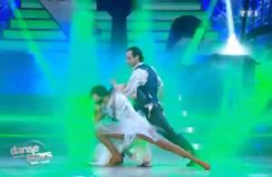 Danse avec les stars : Philippe Candeloro embrasse Sandrine Quétier sous le gui