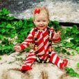 """Jessica Simpson tweetait cette photo de sa fille Maxwell, 7 mois, avec la mention """" Big Sis """" pour  Big Sister  (""""grande soeur"""" en anglais)."""