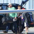 Harrison Ford pilote son avion transportant sa famille le 26 décembre 2012 à Los Angeles : il emmène sa famille, dont sa femme Calista Flockhart et leur fils Liam