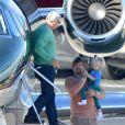Harrison Ford pilote son avion transportant sa famille le 26 décembre 2012 à Los Angeles