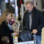 Kevin Costner : L'acteur débarque à Paris avec ses enfants et son épouse !