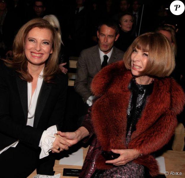 Valérie Trierweiler et Anna Wintour au défilé Yves Saint Laurent à Paris le 20 janvier 2013.