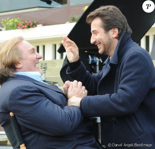 Exclusif - Gérard Depardieu et Edouard Baer sur le tournage du film Turf en octobre 2011