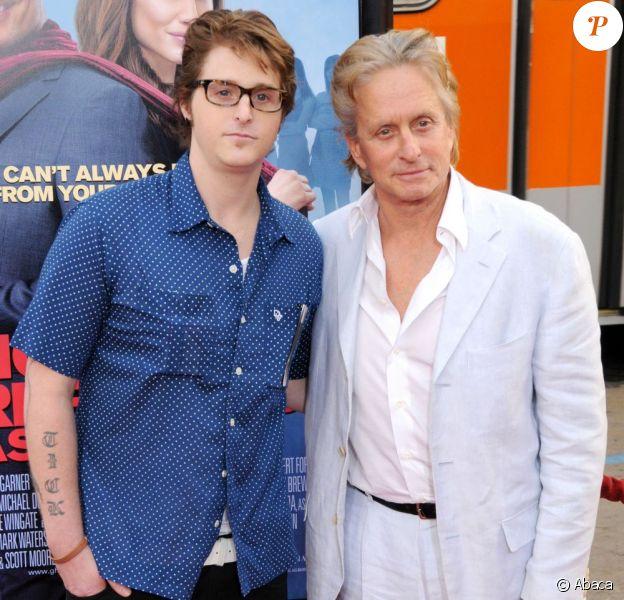 Michael Douglas et son fils Cameron Douglas à Los Angeles le 27 avril 2009