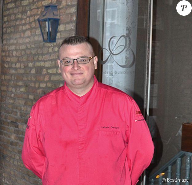 Le sympathique Ludovic Dumont, gagnant du Masterchef 2012 nous invite dans son restaurant 'Le sens' rue du Lion d'or à Dunkerque, le 26 Janvier 2012.