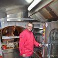 Ludovic Dumont, gagnant du Masterchef 2012 nous invite dans la cuisine du restaurant 'Le sens' rue du Lion d'or à Dunkerque, le 26 Janvier 2012.