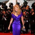 Arielle Dombasle, au Festival de Cannes, le 25 mai 2012. Photo de JACOVIDES-BORDE-MOREAU.