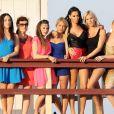 Nabilla, Amélie ( Secret Story 4 ), Capucine ( Secret Story 6 ), Marie et Frédérique ( Koh-Lanta ), Aurélie ( Iles des Vérités ) et l'ange anonyme sur une plage de Miami pour le tournage de la cinquième saison des  Anges de la télé-réalité  le 22 janvier 201