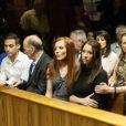La famille d'Ocar Pistorius au tribunal d'instance de Pretoria, quatrième jour d'audience pour la demande de libération sous caution, le 21 février 2013.
