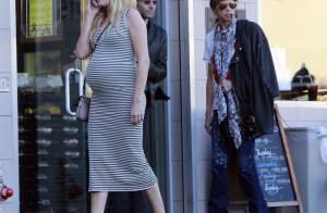 Malin Akerman : Enceinte et en plein shopping, elle ignore Steven Tyler
