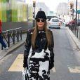 Anna Dello Russo arrive à la Samaritaine pour assister au défilé Kenzo automne-hiver 2013. Paris, le 3 mars 2013.