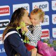 Laure Manaudou et sa Fille Manon lors des championnats de France lors des championnats de France petit bassin le 24 novembre 2012