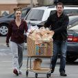 Britney Spears faisant ses courses dans un supermarché de Los Angeles, le vendredi 8 mars 2013.