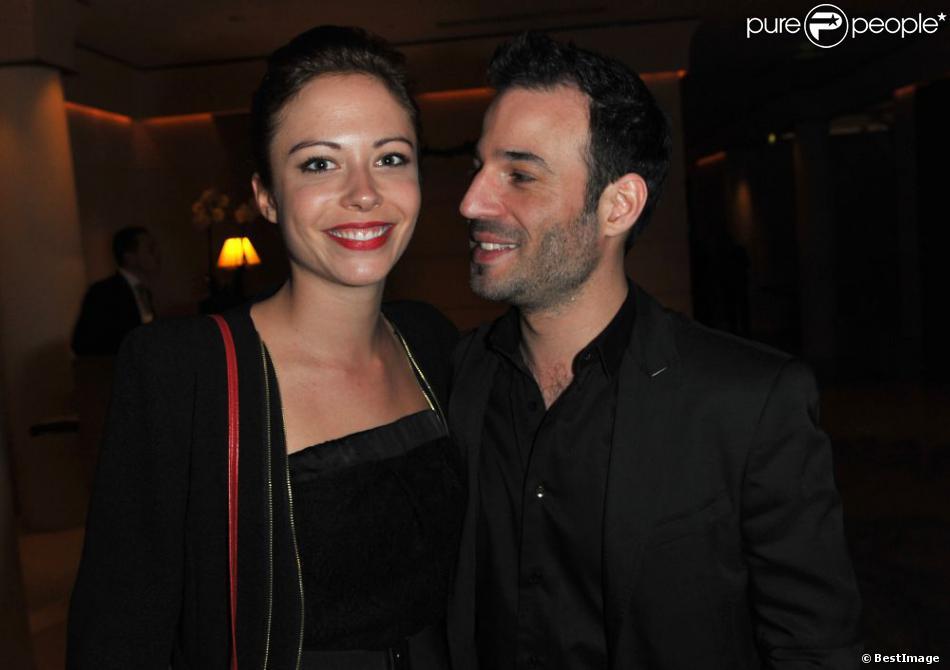 La belle Dounia Coesens et Mario Barravecchia lors de la soirée de remise des Prix Romy Schneider et Patrick Dewaere à l'hôtel Hyatt à Paris, le 11 mars 2013.