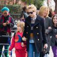 Michelle Williams et sa fille Matilda (dont le père est feu Heath Ledger) à New York le 13 mars 2013