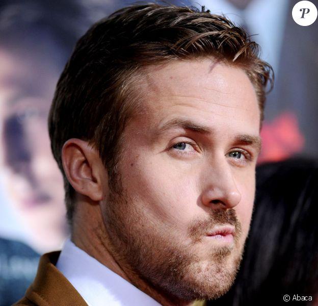 Ryan Gosling dubitatif lors de la première hollywoodienne de Gangster Squad au Grauman's Chinese Theatre de Los Angeles, le 7 janvier 2013.