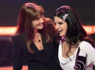 Carla Bruni ravissante avec Lana Del Rey... loin de son homme en pleine tempête