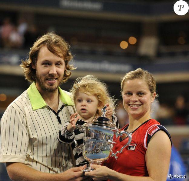 Kim Clijsters, son mari Brian Lynch et leur fillle Jada Ellie lors de la finale de l'US Open à New York City, le 13 septembre 2009.