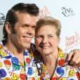 Perez Hilton et sa maman à la pyjama   party   organisée     pour son 35e anniversaire, à   Los     Angeles  , le 23 mars 2013.