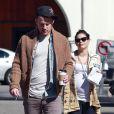 L'acteur Channing Tatum et sa femme Jenna Dewan, enceinte, vont déjeuner au restaurant avec une amie à Santa Barbara, le 28 février 2013.