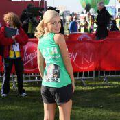 Katherine Jenkins, en débardeur et petit short, assure au marathon de Londres
