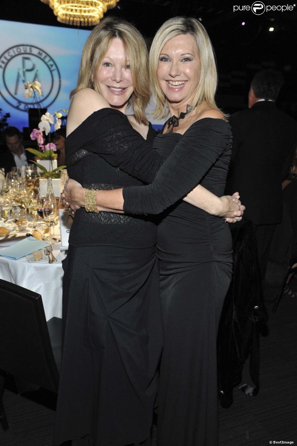 Olivia Newton-John et sa soeur Rona à Melbourne le 13 mai 2011.