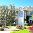 Chris Tucker a vendu sa maison pour 2,1 millions de dollars le 27 mars 2013.