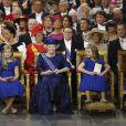 Les princesses Catharina-Amalia, Beatrix, Alexia et Ariane à la prestation de serment du roi Willem-Alexander des Pays-Bas, le 30 avril 2013 à la Nouvelle Eglise (Nieuwe Kerk) d'Amsterdam.