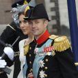 La princesse Mary superbe au côté du prince Frederik de Danemark à la prestation de serment du roi Willem-Alexander des Pays-Bas, le 30 avril 2013 à la Nouvelle Eglise (Nieuwe Kerk) d'Amsterdam.