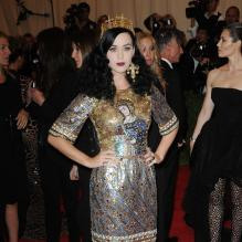 "Katy Perry au Metropolitan Museum of Art pour le gala annuel du Costume Institute orchestré par la rédactrice en chef du magazine Vogue US et directrice artistique du groupe Condé Nast Anna Wintour. La soirée avait pour thème ""Chaos to couture exhibition"". A New York, le 6 mai 2013. <br /><br /><br />"