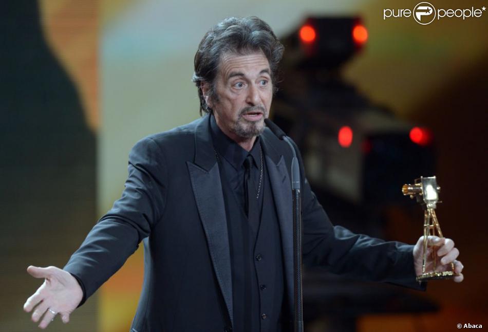 Al Pacino ici lors des Golden Camera Awards à Berlin, le 2 février 2013, quitte Moi, moche et méchant 2.