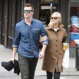 Jaime King enceinte et son mari Kyle Newman à New York, le 6 mai 2013.