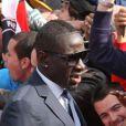 Mamadou Sakhoquitte le Parc des Princes pourfêter le titre de Champion de France au Trocadero à Paris le 13 mai 2013.