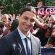 Zlatan Ibrahimovic quitte le Parc des Princes pourfêter le titre de Champion de France au Trocadero à Paris le 13 mai 2013.