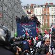 Les joueurs du PSGquittent le Parc des Princes pourfêter le titre de Champion de France au Trocadero à Paris le 13 mai 2013.