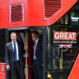 Le prince Harry et David Cameron ont fait sensation dans Manhattan, à bord d'un Routemaster, pour la campagne GREAT de promotion de la Grande-Bretagne, le 14 mai 2013.