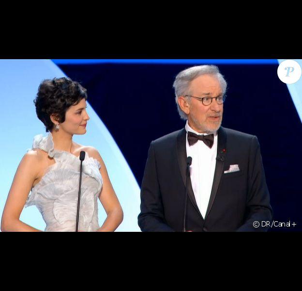La cérémonie d'ouverture du Festival de Cannes le 15 mai 2013 : Audrey Tautou accueille le président du jury Steven Spielberg