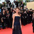 Virginie Ledoyen superbe et en légère transparence à la montée des marches de Jeune Et Jolie, premier film en compétition, au Palais Des Festivals de Cannes, le 16 mai 2013.