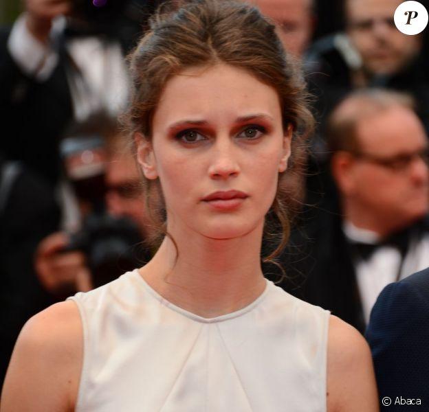 Marine Vacth vedette du tapis rouge pour la montée des marches de Jeune Et Jolie, premier film en compétition, au Palais Des Festivals de Cannes, le 16 mai 2013.