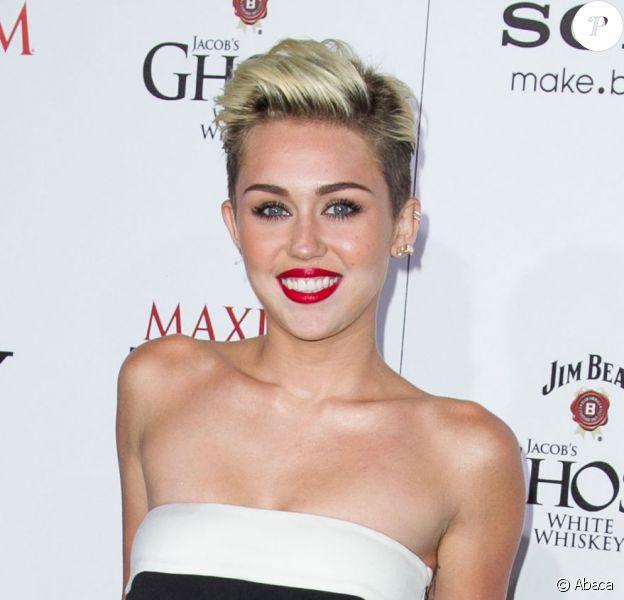 Miley Cyrus à la soirée organisée par le magazine Maxim pour fêter le classement des 100 personnalités féminines les plus hot de l'année, dont elle est en premère place, à Hollywood, le 15 mai 2013.