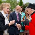 Le prince et la princesse Michael de Kent au Chelsea Flower Show, lors de la journée d'inauguration VIP de l'exposition, le 20 mai 2013 à Londres.