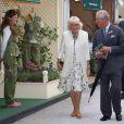 Le prince Charles et Camilla au Chelsea Flower Show, lors de la journée d'inauguration VIP de l'exposition, le 20 mai 2013 à Londres.