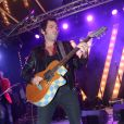 Matthieu Chedid lors d'un concert à la Villa Schweppes pendant le 66e Festival de Cannes le 20 mai 2013