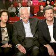 Françoise Bellemare, fille de Pierre Bellemare et Pierre Dhostel, son fils, lors de l'enregistrement de l'émission Vivement Dimanche, le 16 février 2005.