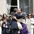 Ingrid Betancourt embrasse Nicolas Sarkozy