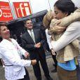 Ingrid Betancourt embrasse Christine Ockrent