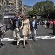 Pierre Casiraghi et sa compagne Beatrice Borromeo ont tranquillement visité les paddocks du Grand Prix de F1 de Monaco le 26 mai 2013, avant la course